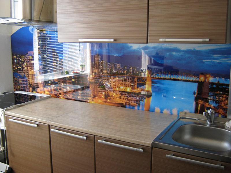 Фартук для кухни из стекла своими руками видео